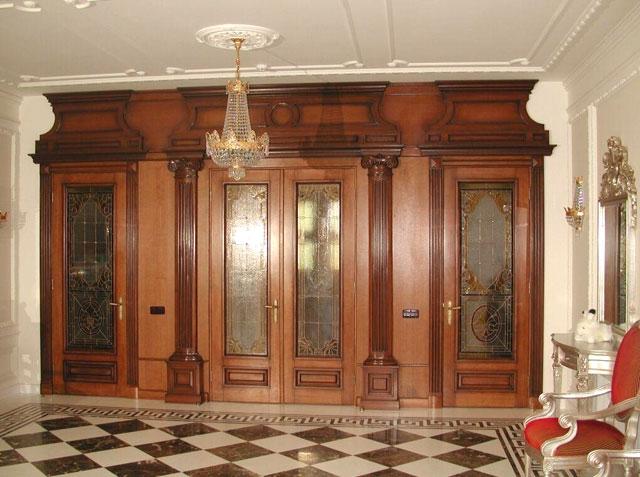 входные двери красивые в классическом стиле