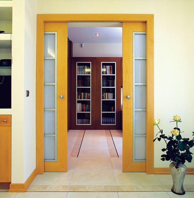 Межкомнатные раздвижные двери в стену